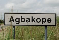 Sign Agbakope