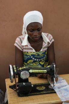 Näherin in Ghana
